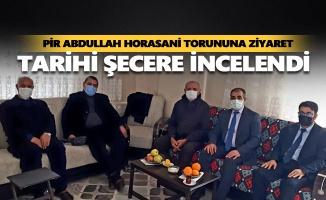 Pir Abdullah Horasani torununa ziyaret
